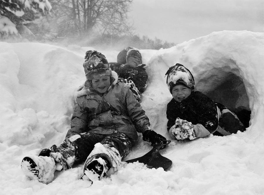 """2 категории людей,для кого не бывает """"плохой погоды"""" - это дети и фотографы..)24 ноября.2-е сутки снежного урагана"""