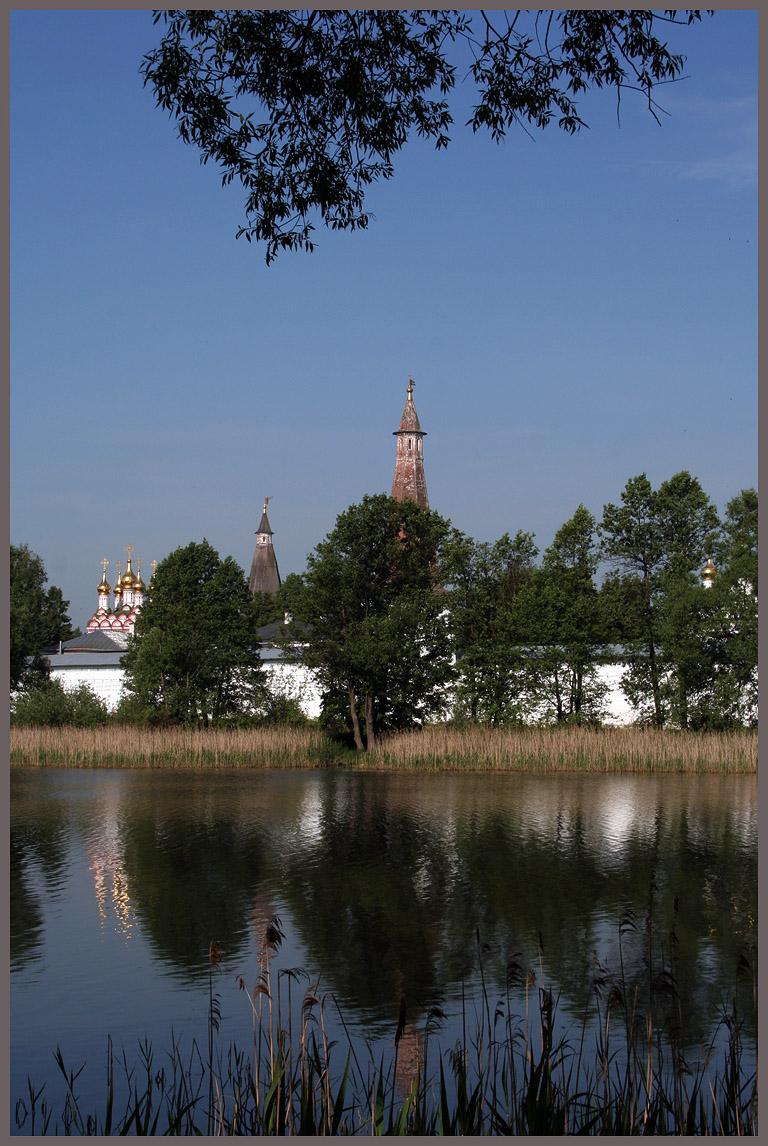 Иосифо-Волоколамский монастырь.