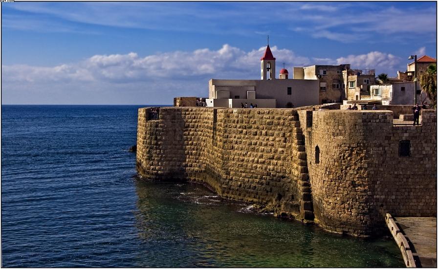 Израиль. Крепость Акко, построенная крестоносцами.