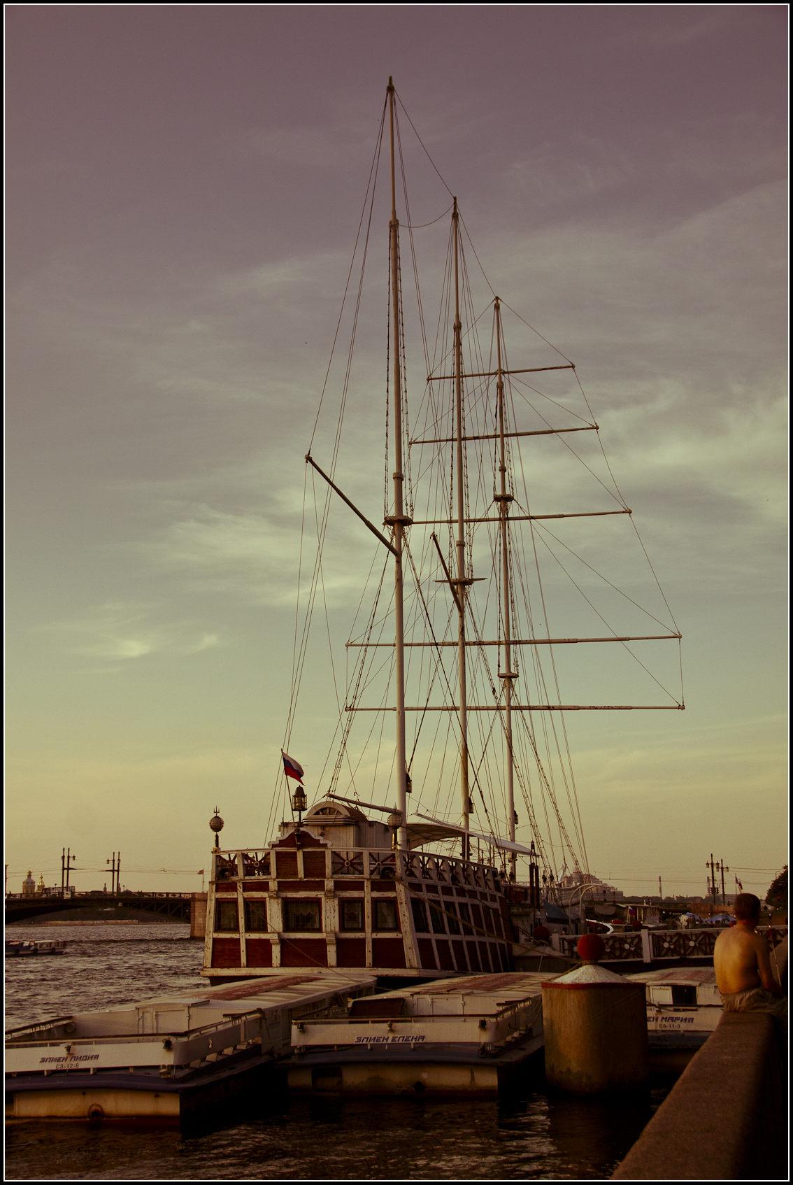 Ship-restaurant along the Neva in St.Petersburg, during an evening walk