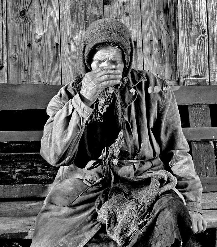 Деревня Вербежичи.Калужская губерния. Русь Старообрядка Анисья, 82 года лето, 2009, наш векмыльница...Canon PowerShot A460