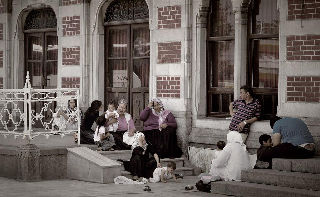 Стамбул.Вокзал Хайдарпаша, построенный в начале ХХ века является крупнейшим железнодорожным терминалом, соединяющим Стамбул с остальной частью Турции.