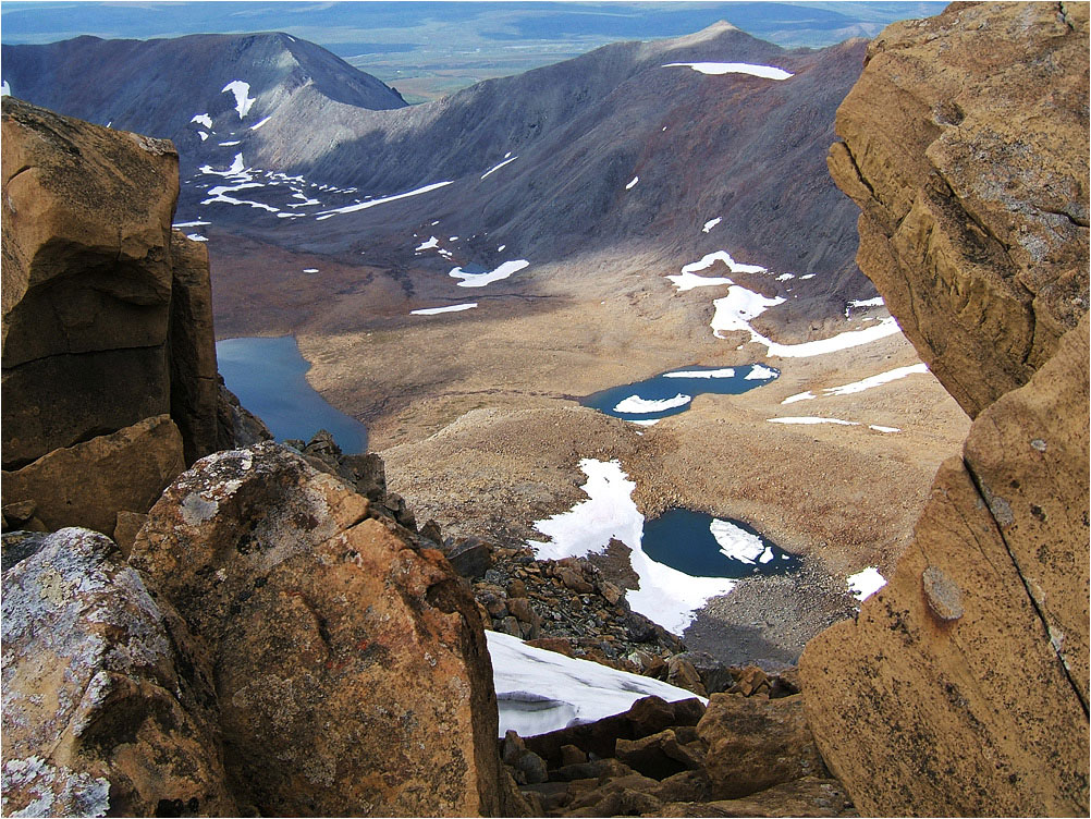 Во время восхождения на пик Полярный, вид с гребня