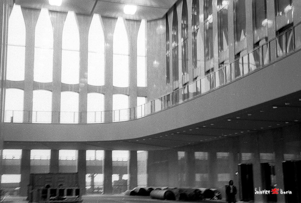 Окончание строительства в 1973 году