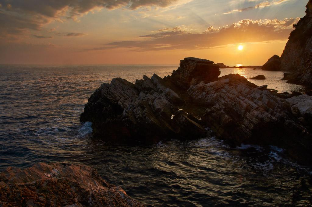 Приморский закат под Петровацем, Черногория