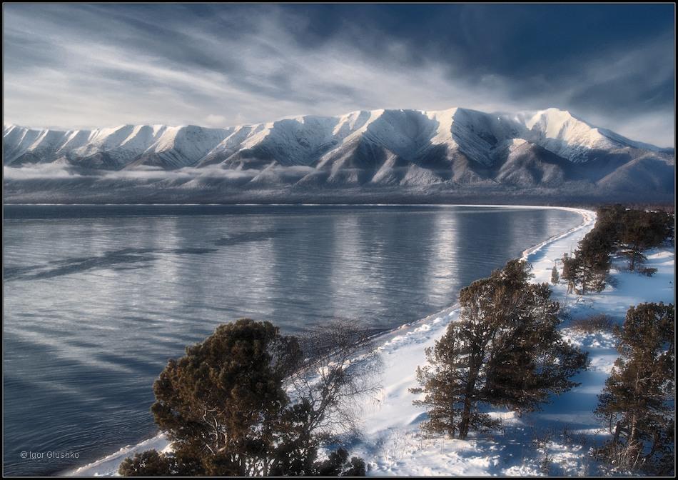 У Святого носа. Баргузинский залив и полуостров Святой нос на Байкале. Ноябрь месяц