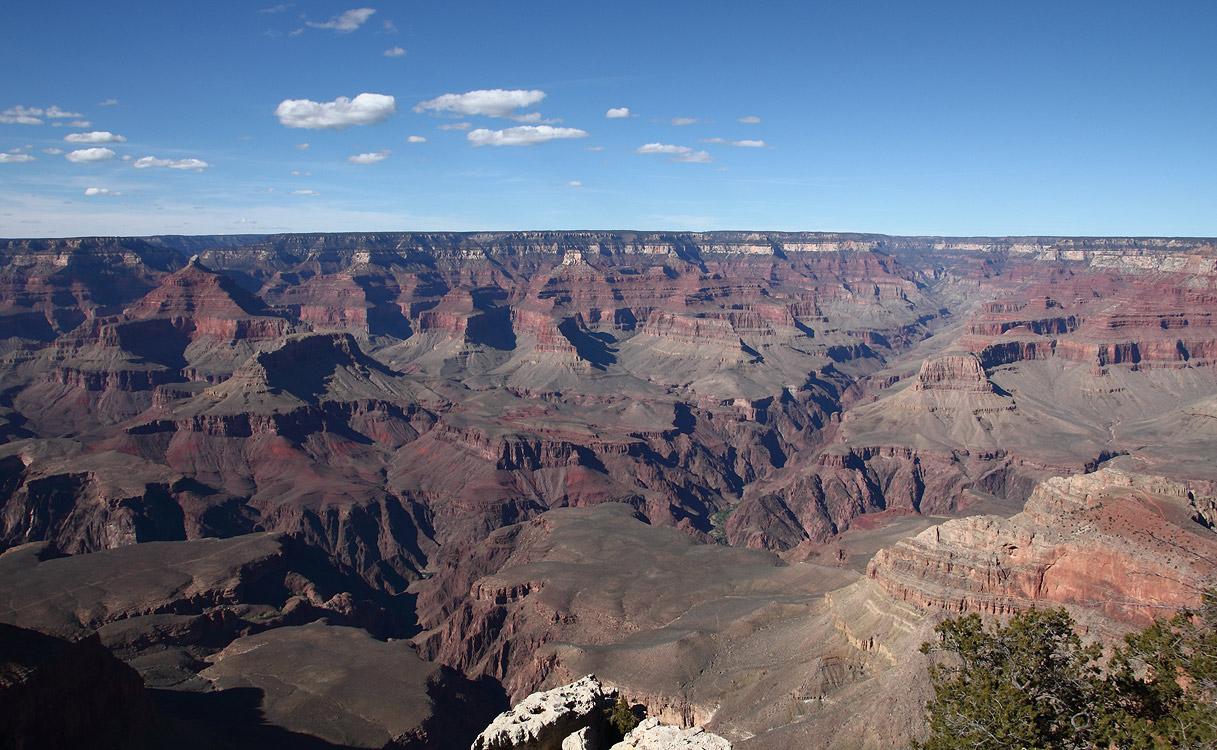 Гранд-Каньон — один из глубочайших каньонов в мире. Находится на плато Колорадо, штат Аризона, США, на территории национального парка Гранд-Каньон.