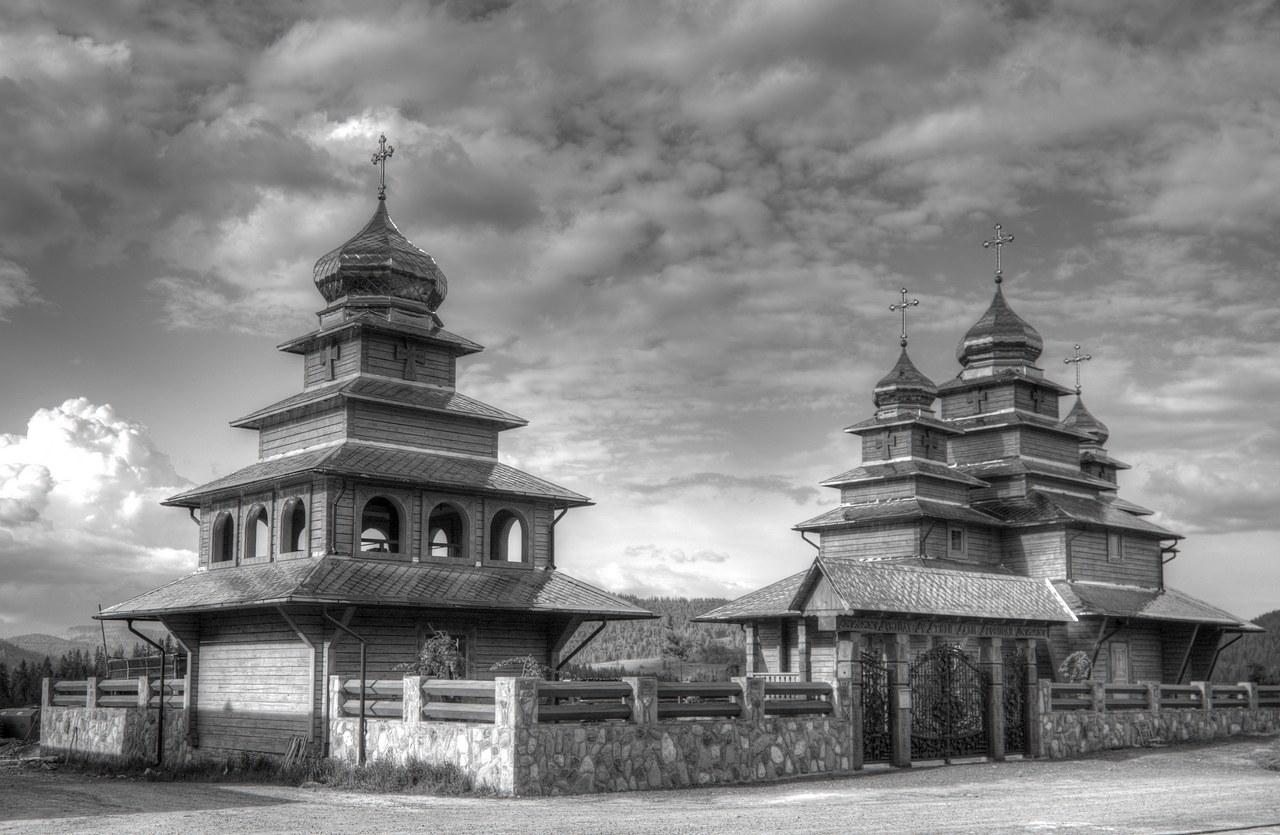 Церковь св.Михаила в с.Плавье(Плай)храм, церковь, Плай, Карпаты.