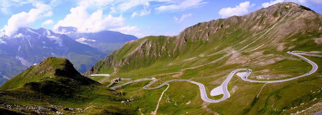 """Серия """"Покорение Гросглокнера - самой красивой высокогорной дороги мира"""". Австрийские Альпы."""