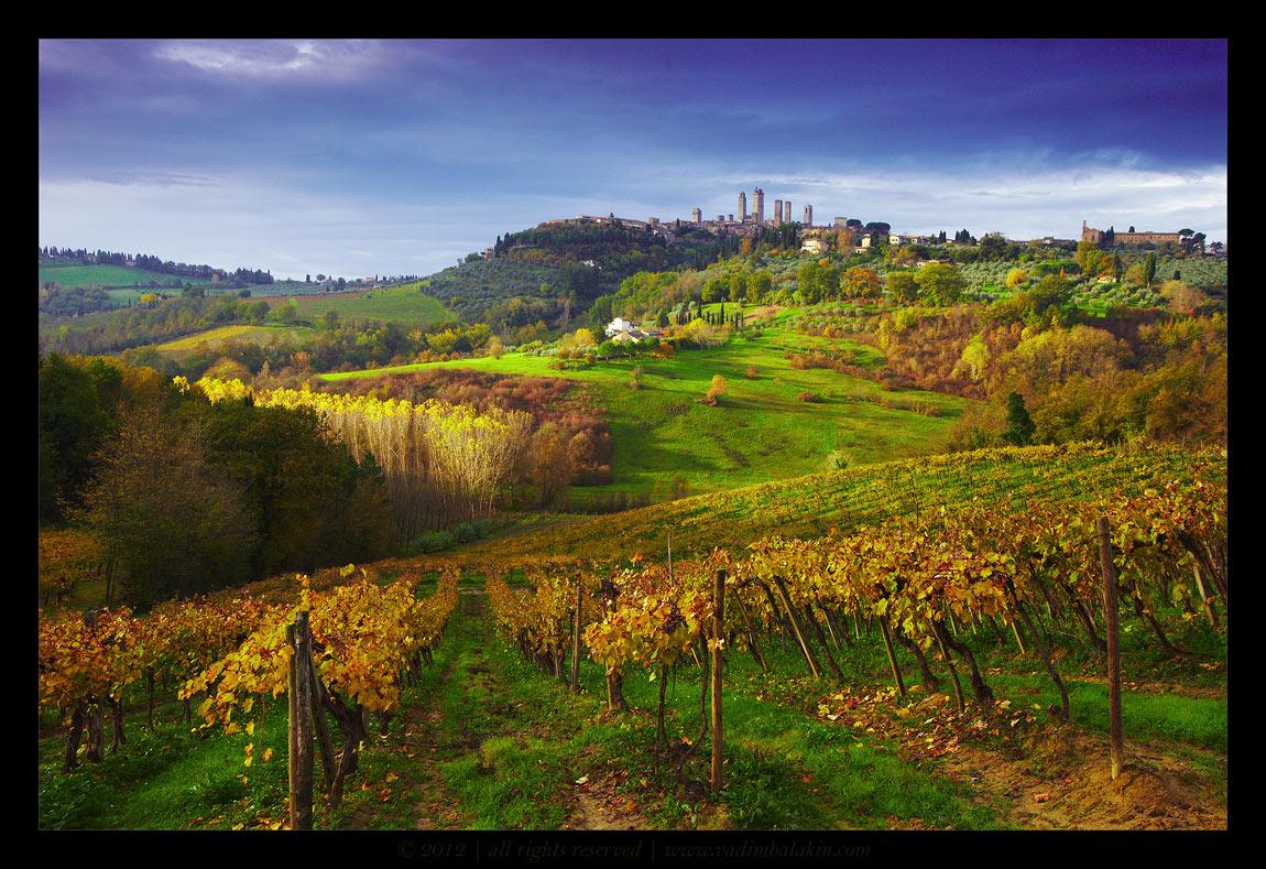 Сан-Джиминьяно, долина Валь д'Орчиа, Тоскана, Италия, Ноябрь 2012