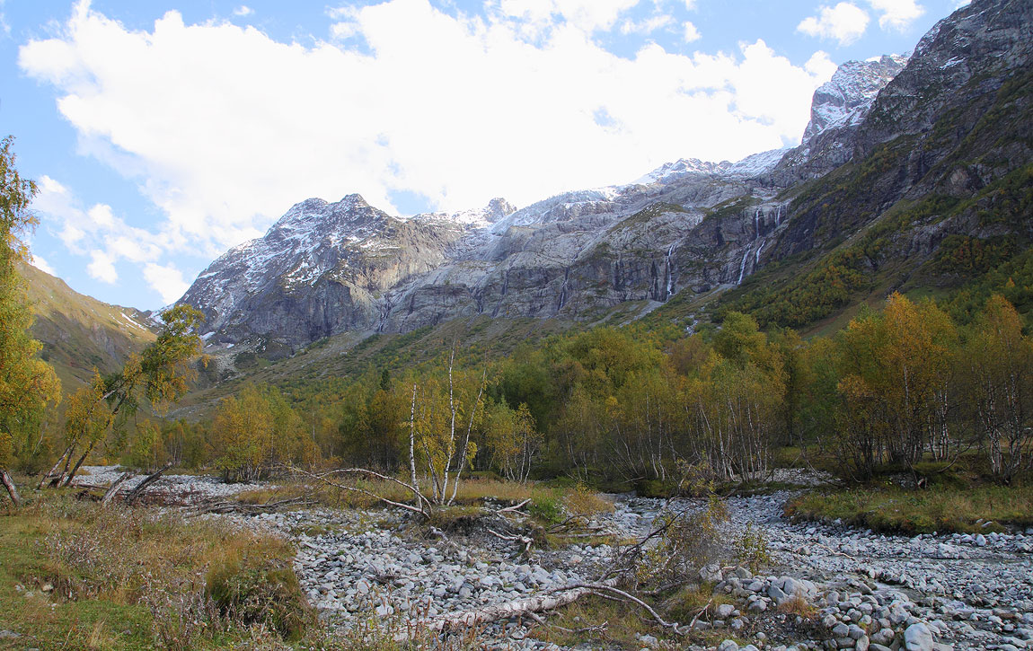 Северный Кавказ, Архыз, Софийский ледник.Лет 15-20 назад, ледник был на много больше в размерах. Глобальное потепление однако...
