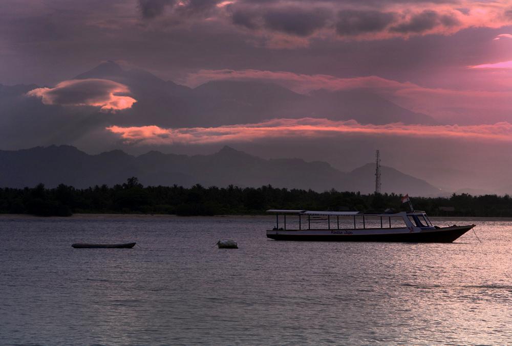 У берегов  острова Ломбок