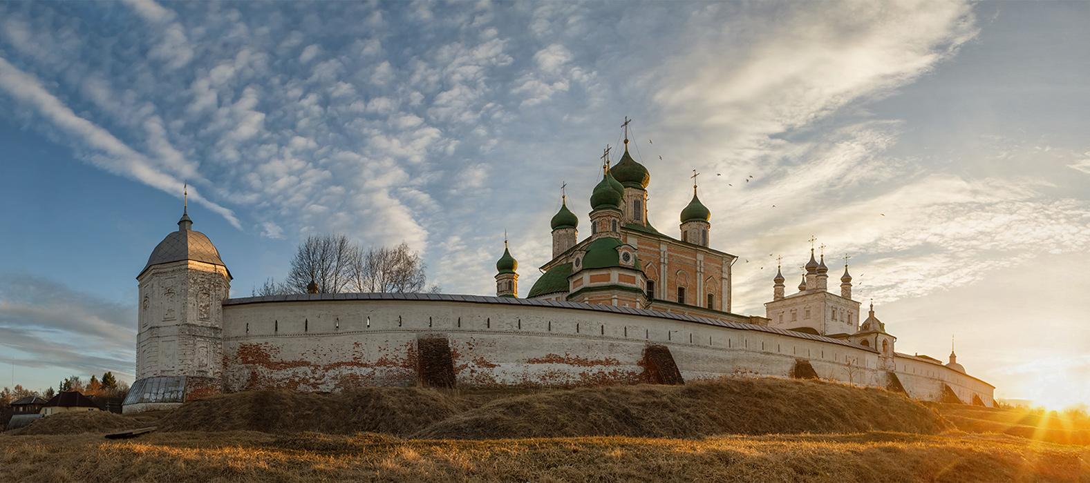 Успенский Горицкий Богородицкий мужской монастырь,Переславль-Залесский,панорама 8 вертикальных