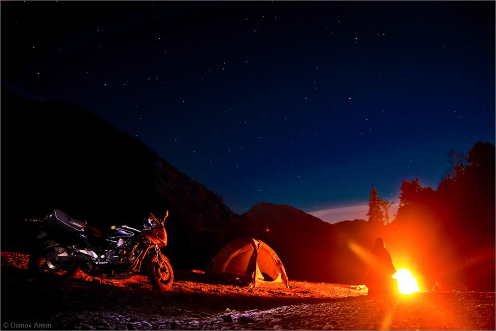 Мото путешествие в Абхазию, 09.2015 г.Выложу небольшую серию заметок из путешествия. Ночевка на горном озере Рица.