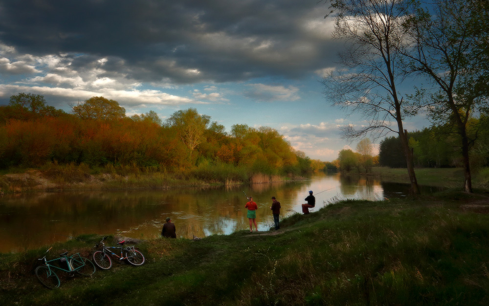 река вечер рыбалка