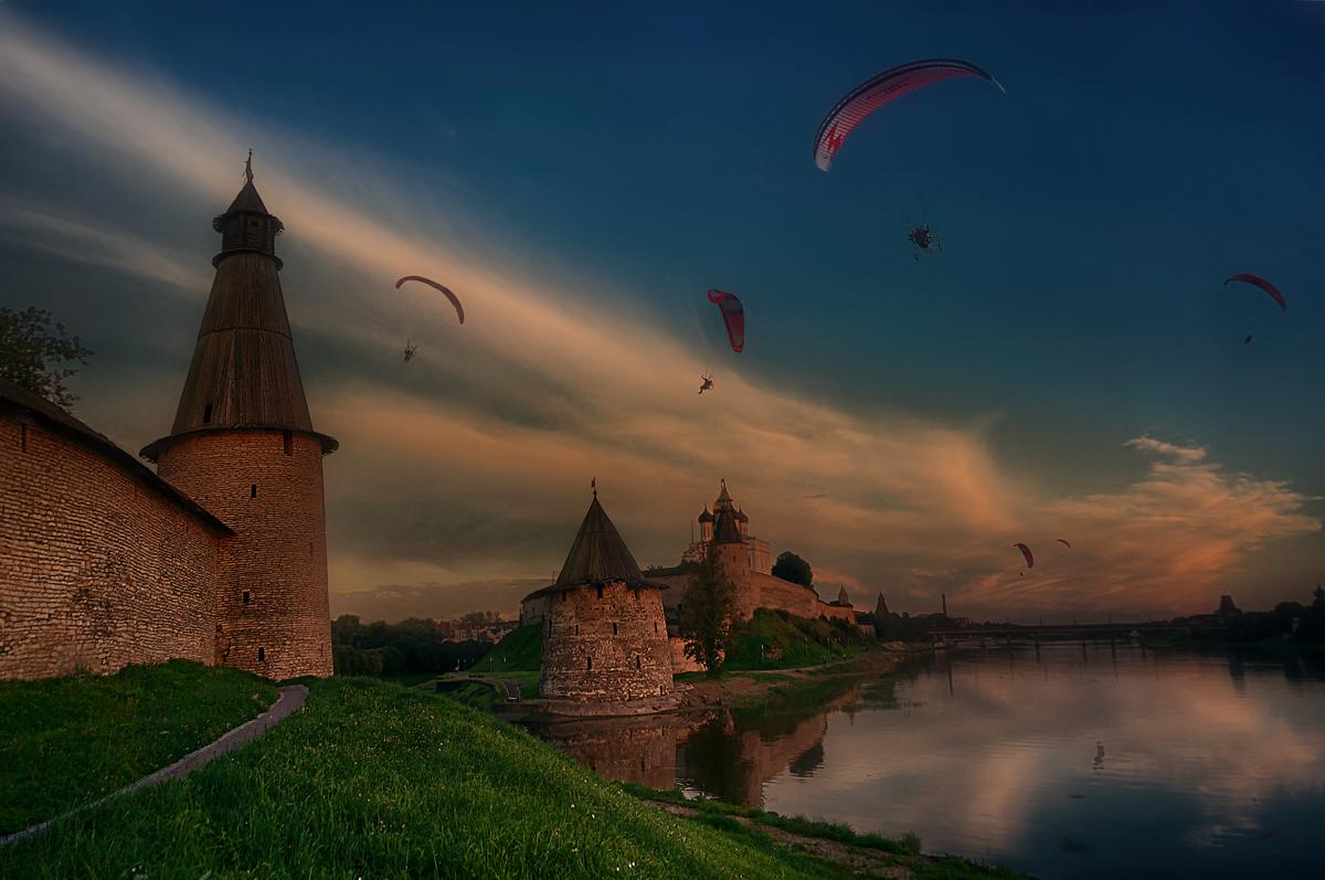 Летайте вверх, а главное, не бойтесь вниз упасть!Уж лучше падать штопором, чем штопором крутиться.Не верьте измышлениям, что человек - не птица,Бросайтесь прямо в пропасть неба, ветру прямо в пасть!