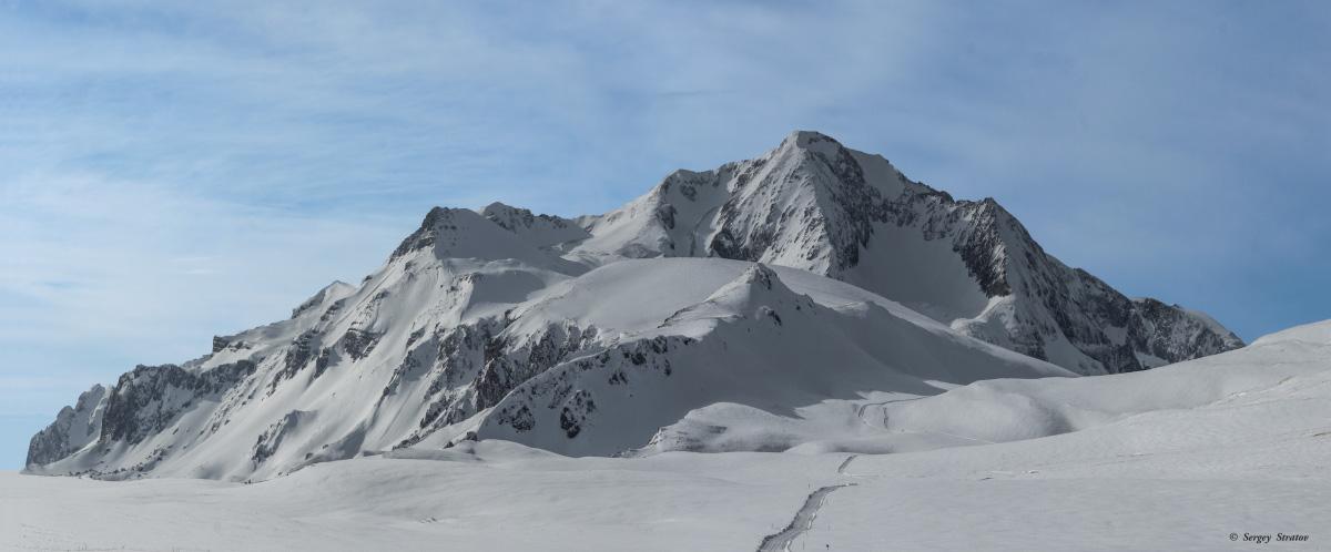 Оштен — одна из гор западной частиГлавного Кавказского хребта