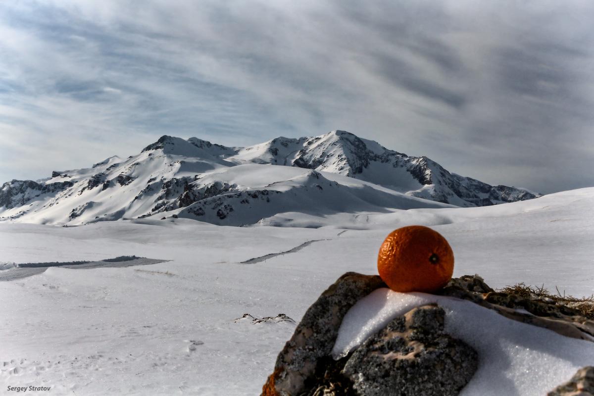 Вид на гору Оштен (2804м). Адыгея.