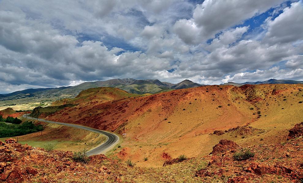 Республика Алтай. Курайский хребет.Чуйская степь.Июль-17на участке Чуйского тракта.