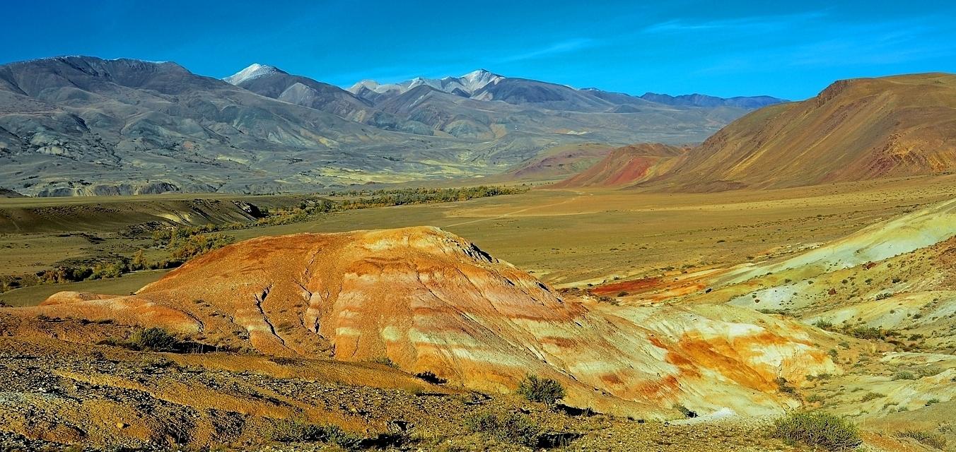 Республика Алтай. Кош-Агачский район. Курайский хребет. Долина Кызыл-Чина. Вечер сентября 17г.