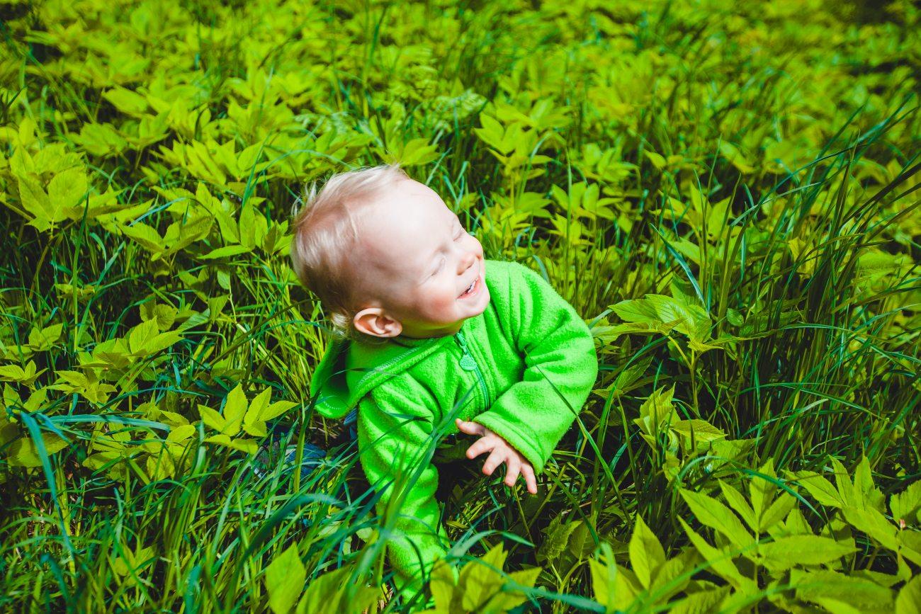 Один из лучших портретов нашего сынишки. С нашим холодным летом так сложно насладиться... летом )