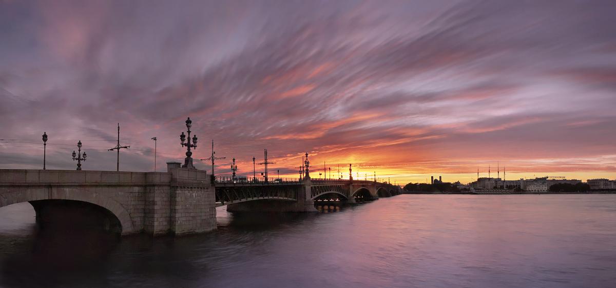 Санкт-Петербург, Троицкий мост
