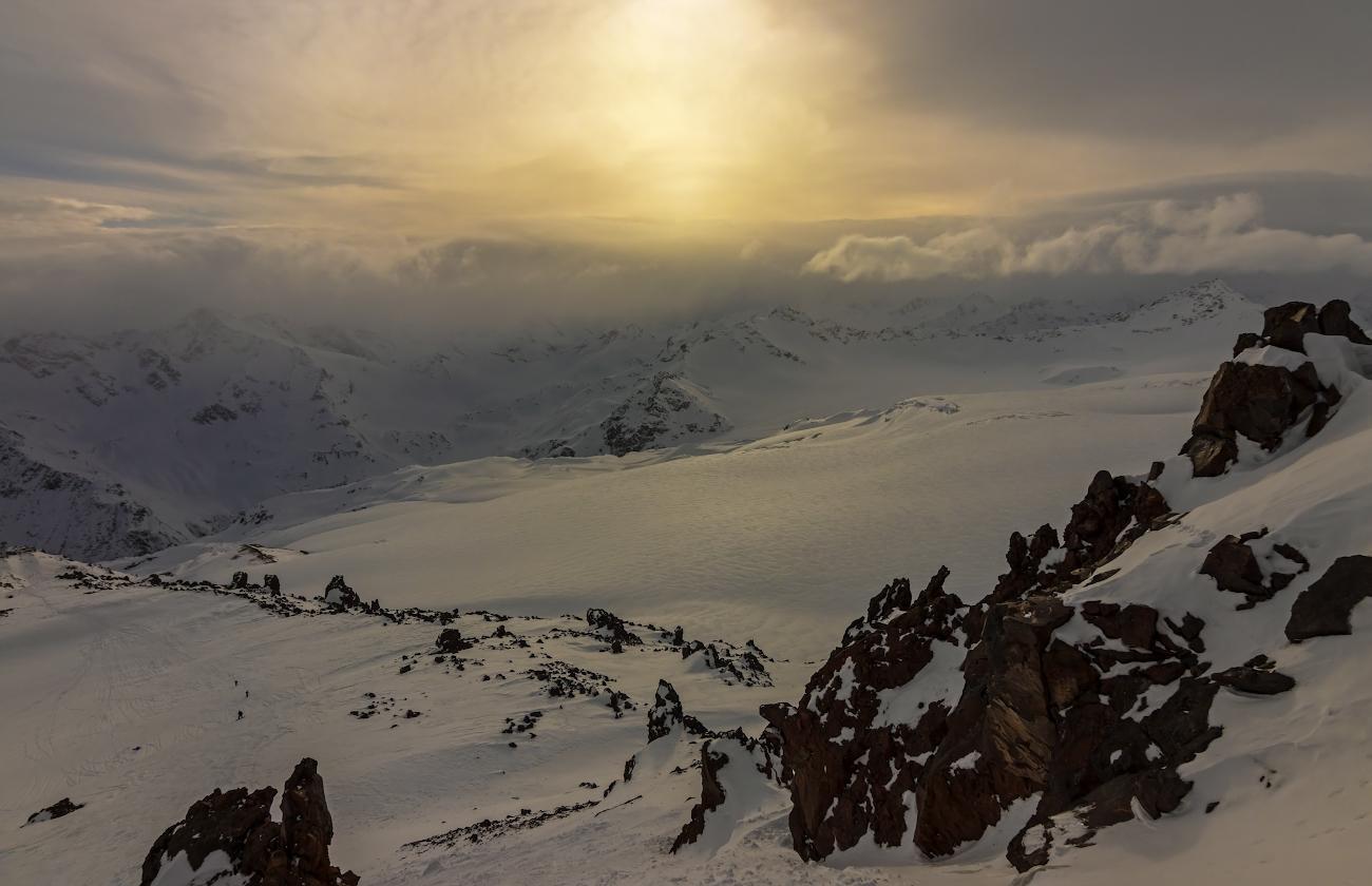 на склонах Эльбруса...