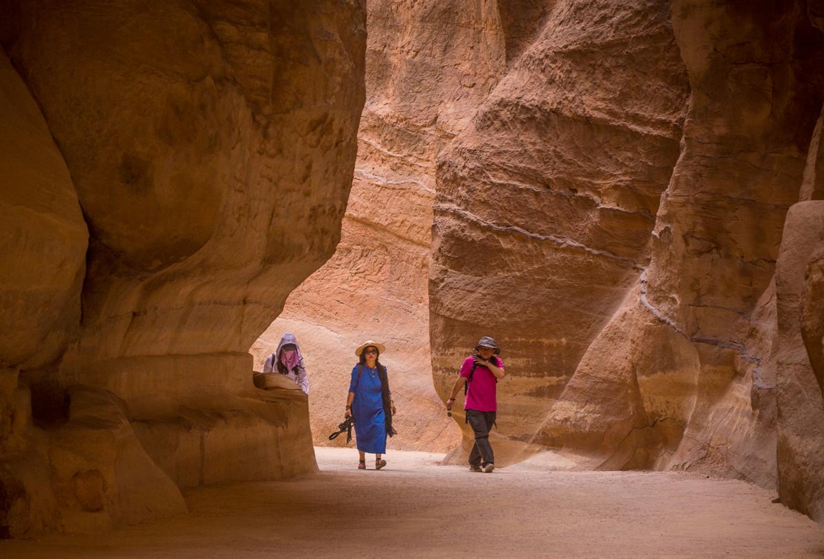 Чудо Иорданской Пустыни. Город в скале Петра.