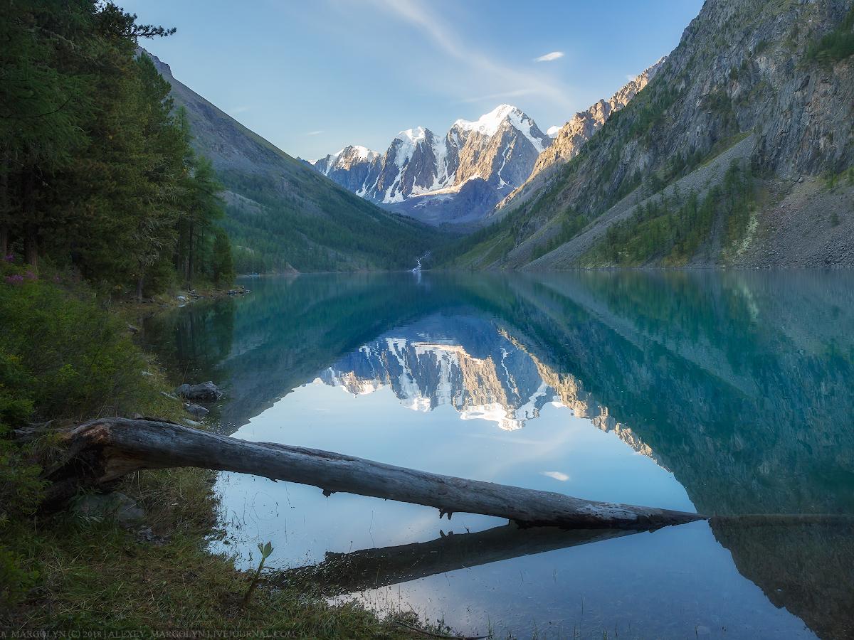 Шавлинское озеро, Алтай, Северо-Чуйский хребет.