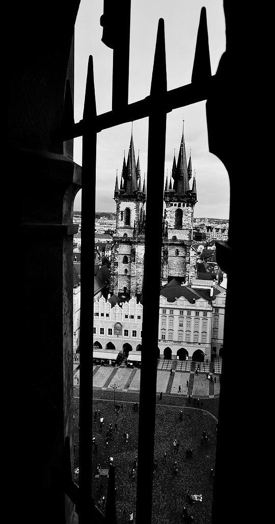 Mесто фотографирования, башня-пражский орлой-Староместская площадь-Cтарый Город-Прага-