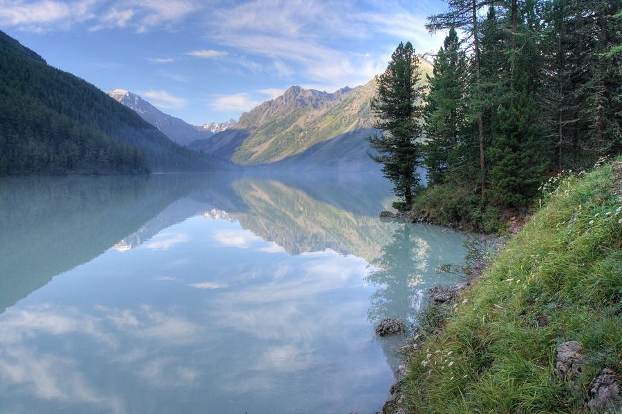 Алтай, озеро Кучерлинское, раннее утро