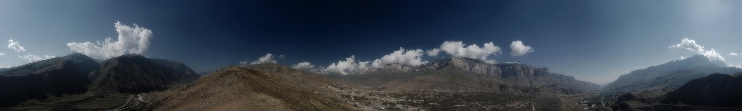 Кабардино-Балкария, Баксанское ущелье, близ г.Тырныауз. 360* градусная панорама из не помню скольки снимков.Приятного просмотра :)