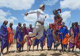 Наблюдая с какой легкостью масаи совершают свои ретуальные прыжки, трудно удержаться и не попробовать.
