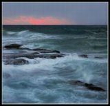 Средиземное море на закате,один кадр.