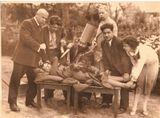 Горького, наверное, многие узнают, с большим ножом - мой дед, а остальных - попробуйте узнать сами,,,:)))