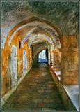Иерусалим,Старый город и это тоже одна из улиц,вернее проход между улицами,соединяющий их между собой.