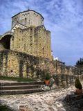 СербияМонастырь Джурджеви Ступови основал в 1213 году племянник Штефана Неманя  Жупан Првослав , позднее известный как Симеон Мироточиви . В 1219 году св. Сава учредил в монастыре одну из первых семи епархий. В 15-м веке церковь монастыря Джурджеви Ступови стала столичной епархией и оставалась ею до середины 17-го столетия, пока не пришли турки. В 2002 году монастырь назначили местом епископата Будимля.
