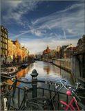 Амстердам перед приходом ночи.