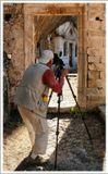 о. Крит. Михаил Moro обрабатывает уникальное место - древний полуразрушенный монастырь Мони Католико... :)