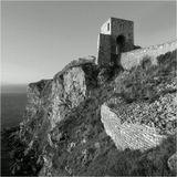 Калиакра — не просто мыс, это исторически известная крепость. О Калиакре упоминали еще финикийцы. В шестом веке до нашей эры здесь спасались от персов милетские греки. Полководцы Александра Великого хранили на Калиакре несметные сокровища.