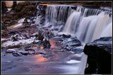 Вода - это жизнь.Зимой жизнь тоже идет...Эстония, 25 км от ТаллинаВодопад Кейла