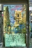 Италия, г. Неаполь, октябрь 2007 г.Окно отделения Народного банка Неаполя.