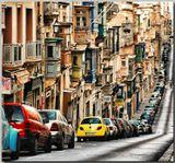 Мальта, Валлеттарабочий день закончился,притихло дневное движение, вечернее еще не началось...машины припаркованы в рядок... :)