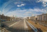 Работу необходимо рассматривать вкупе с прошлой: http://www.lensart.ru/picture-pid-e1b1.htm, сделаной полтора года назад. Точка съемки той фотографии примерно там, где сейчас стоит экскаватор.А вот полгода назад: с крыши дома, который был слева от дороги. Его снесли на след. день. http://tosha.35photo.ru/photo_56113/