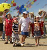 Фестиваль воздушных змей в г. Вунгау. В фестивале принимали участие множество стран мира за исключением России. Лица детей и взрослых сияли от неподдельных улыбок, восторга и удивления...