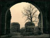 Разрушенный храм, арка, вера
