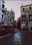 Венеция. Раннее утро. Первые лучи солнца. Из старенького. Пленка. Скан.