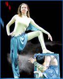 """На арене цирка Родион и Джульетта Гыргеновы.""""Каучук"""" и силовые акробаты."""