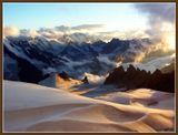 Кавказ. Закат высоко в горах. 2003