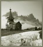 Зимняя не потому что зимой снято..это название церкви- Зимняя Ильинская,пользовали её зимой. Рядом есть Летняя Тихвинская..Обе церкви построены без единого гвоздя...были...Нонче всё забыто и ненужно...Саминский погост.Вологодская обл.
